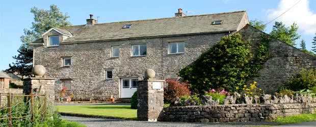 Barn House Orton. Bed and breakfast accommodation in Cumbria